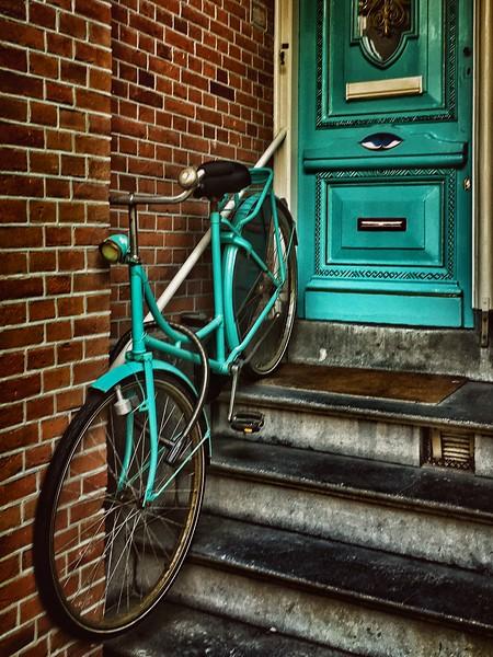 Color Coordination, Amsterdam