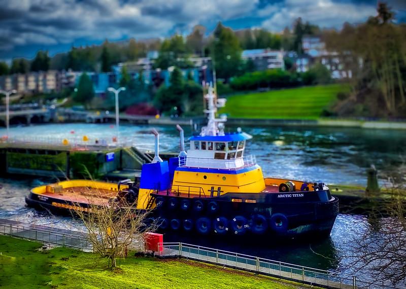 Tugboat in the Ballard Locks
