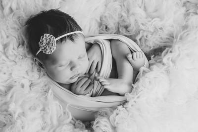 Norah Newborn 2021-41
