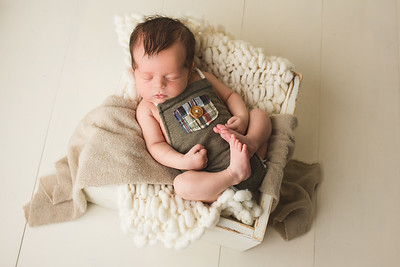 Austin newborn 2021-36