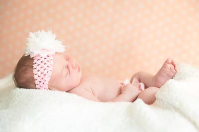LylaMarieKish_Newborn-132