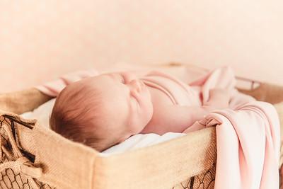 LylaMarieKish_Newborn-142