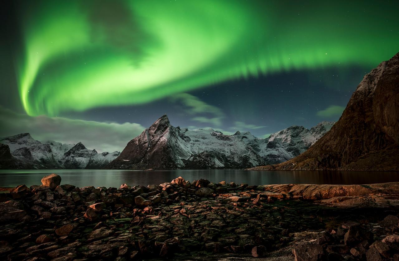 aurora swirlealis | hamnøy, norway