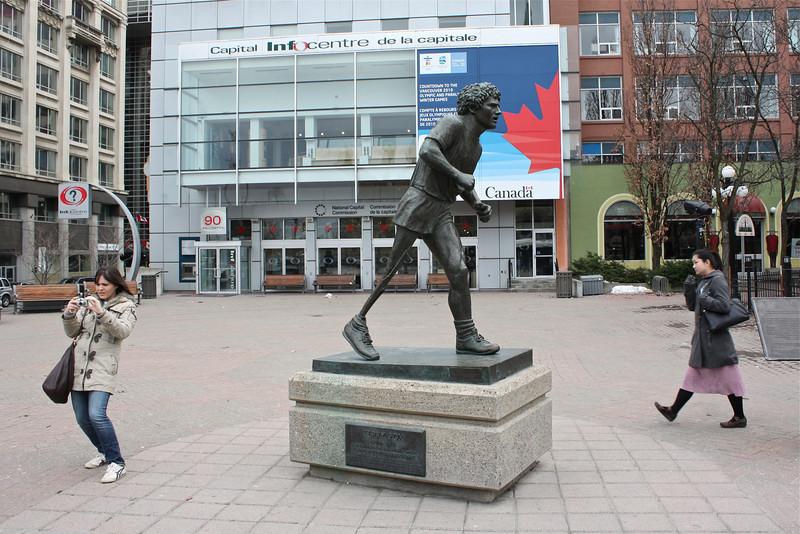 Statue of Terry Fox, Ottawa (2010) © Copyrights Michel Botman Photography