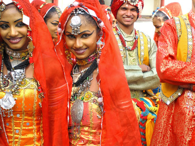 Wedding dancers, Jaipur