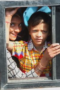 Gaze between buses, Jaipur