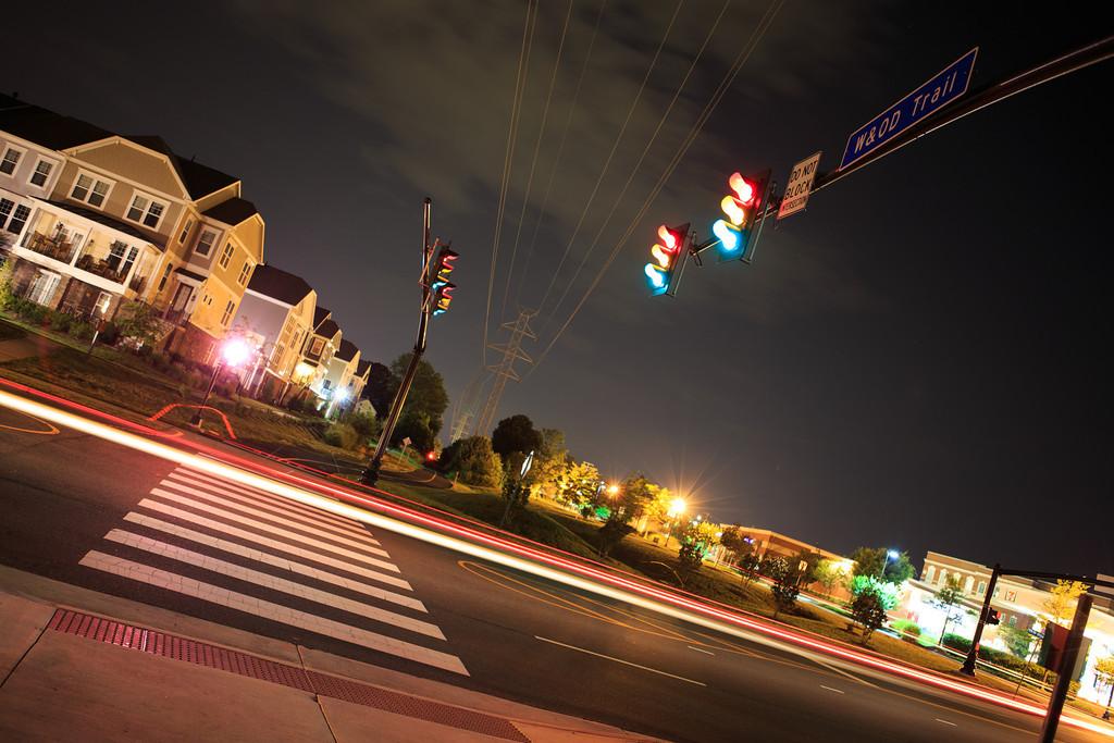 Lonely Midnight Light Trail || Herndon, VA