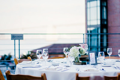 Hotel Vitale San Francisco Rooftop Wedding | Qiqi Huang Photography