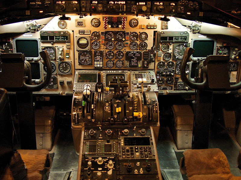 MD-80 Cockpit - DFW Airport, Texas