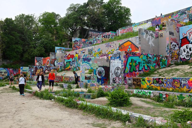 Observations at the graffiti wall #13 - Austin, Texas