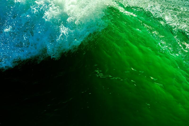 Up Close Wave Colors