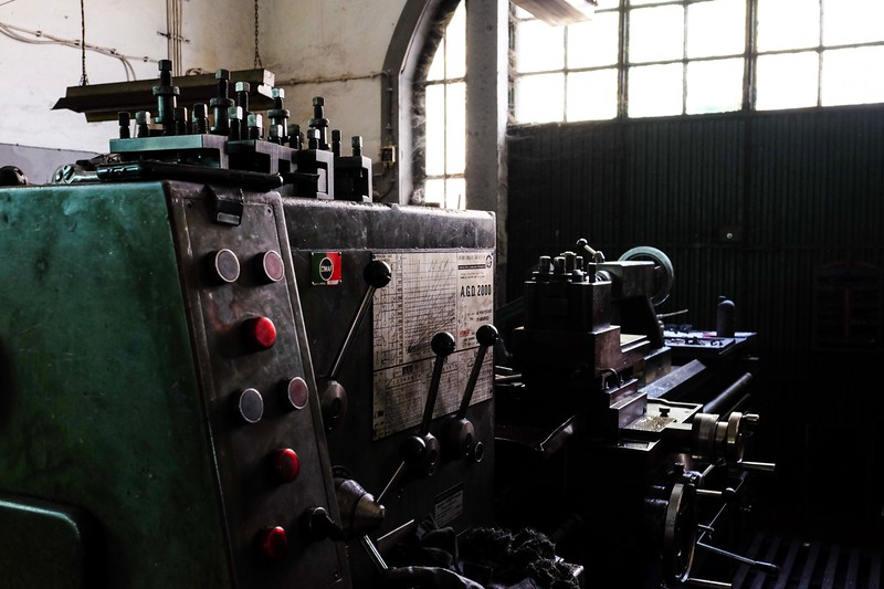 2019 | Oficina mecânica [Porto, Portugal]