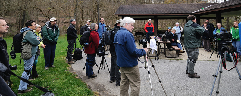 Jim giving photo tips at the CVPS Photo Walk - Hemlock Trail