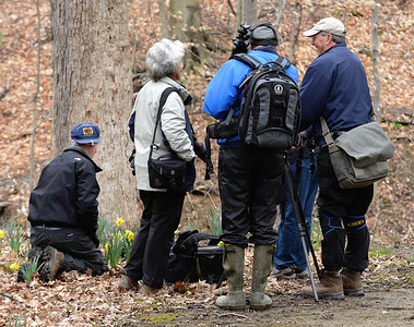 Photographers on the Daffodil Trail - Cuyahoga Valley Photo Walk