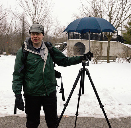 Jerry giving tips to keep your camera dry - CVPS Winter Photo Walk at Viaduct Park