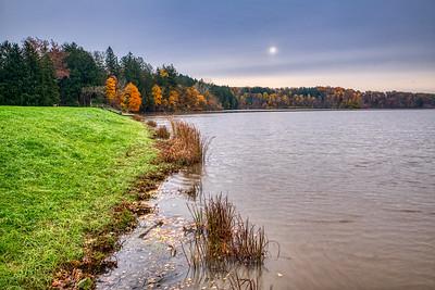 Hinckley Lake, Worden's Ledges, Whipps Ledges