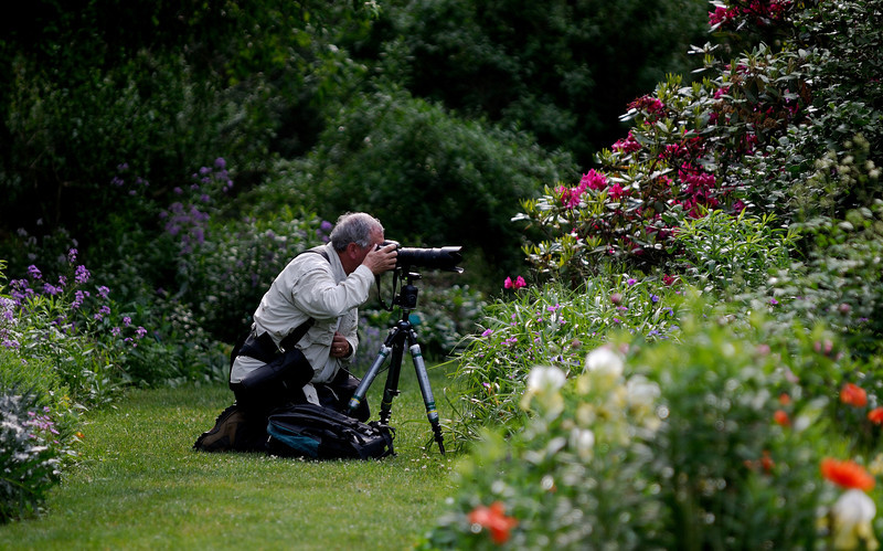Photographer at Schoepfle Gardens