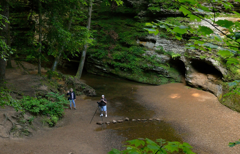 Photographers in the Old Man's Cave Gorge - Hocking Hills