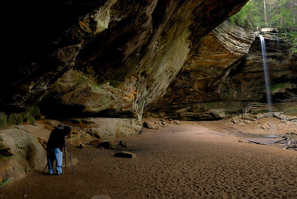 Hocking Hills Spring 07 - Photographer at Ash Cave
