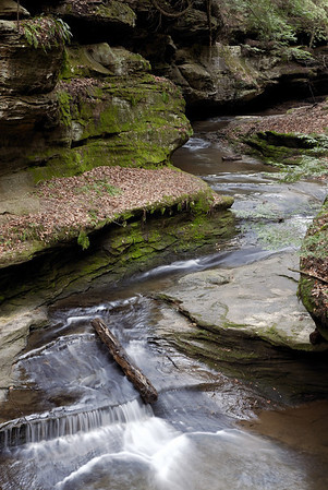 Old Man's Cave Stream