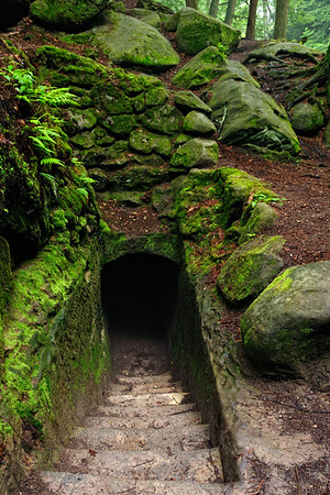 Tunnel in the Old Man's Cave Gorge - Hocking Hills State Park