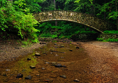 Bridge to Lower Falls - Old Man's Cave - Hocking Hills State Park