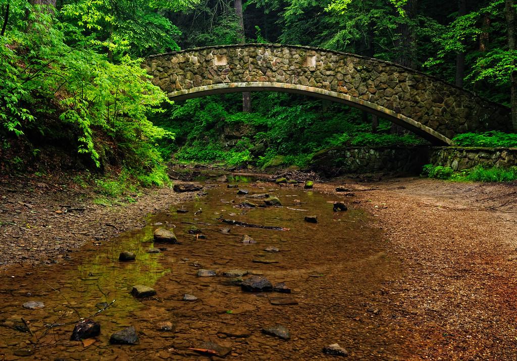 Bridge to Lower Falls - Old Man's Cave - Hocking Hills State Park