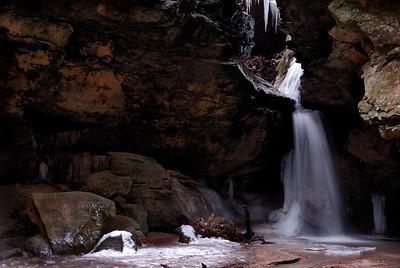 Conkle's Hollow Waterfall