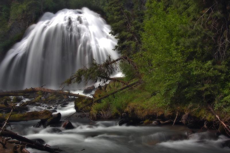 Whychus ( Squaw ) Creek Falls