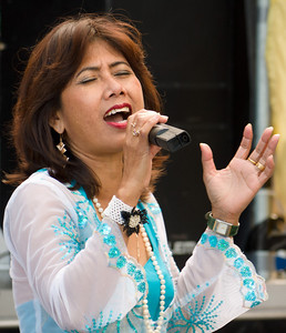 Endang Setyawati singing at the Pasar Malam in Eindhoven