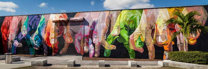 Wynwood Walls, Miami, USA (mural artist: Case Maclaim)