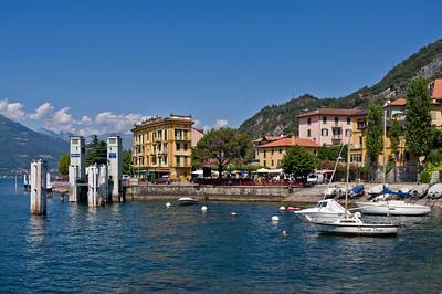 Hafen von Varenna