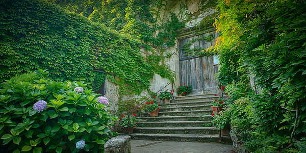 Entrance to Villa Cimbrone, Ravello, Italy
