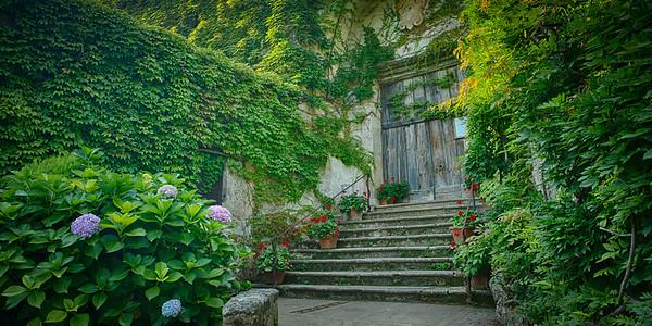 Entrance to Villa Cimbrone, Ravello, Italy