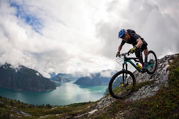 MTB ride above Norddalsfjorden / Norway, 2018