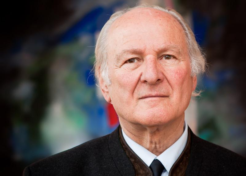 Prof Dr. Claus Hipp