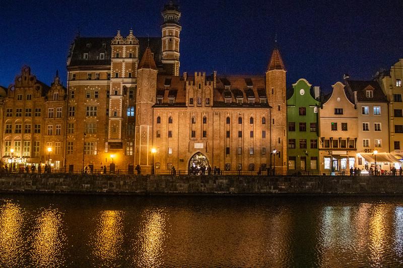 Long Embankment (Dlugie Pobrzeze) in the evening, Gdansk, Poland