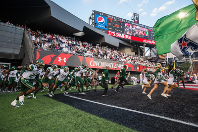 South Florida Bulls at Cincinnati Bearcats