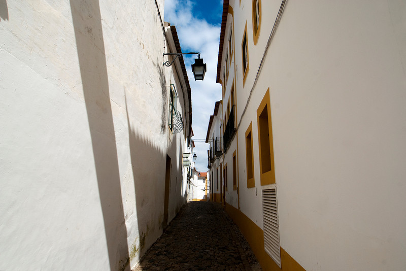 OLD CENTER OF EVORA. ALENTEJO. PORTUGAL.
