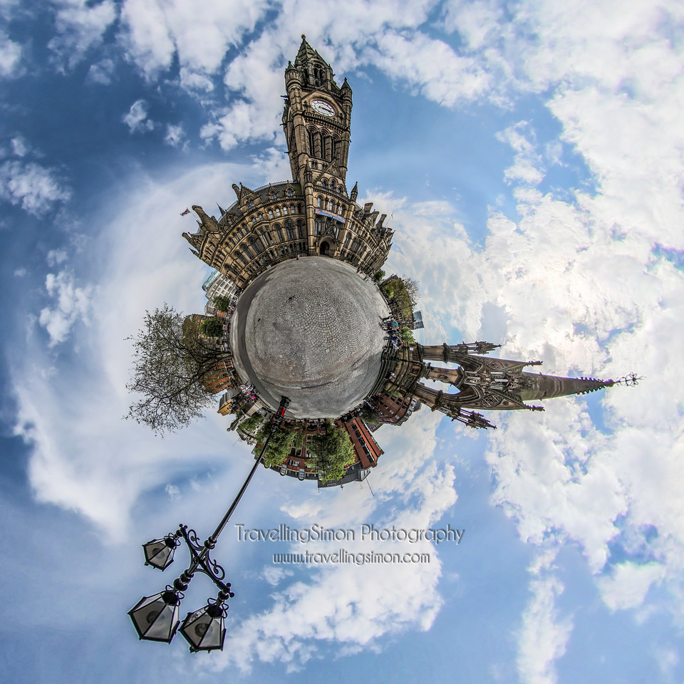 Planet Manchester Town Hall