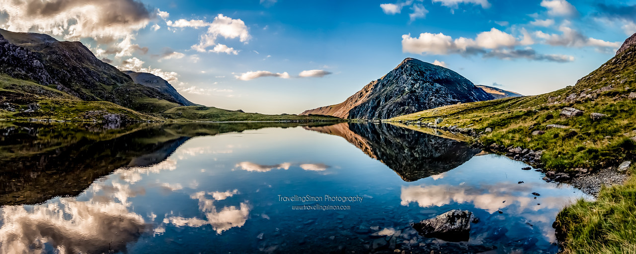 A panorama of llyn Idwal and Pen yr Ole