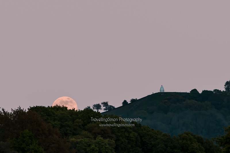 This was the moment I first had a glimpse of the full Moon and realised that I'd have to adjust my position by a hundred meters or so in order to get it behind the folly - you've never seen me move so fast!