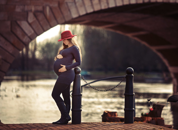 1N6A7635 Dani 36 weeks pregnant; ©Amanda Coplans