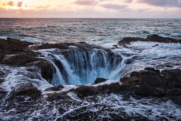 Sunset at Thor's Well Yachats Oregon