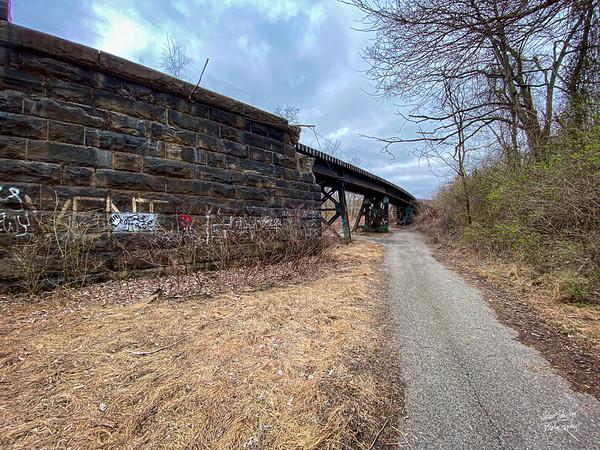 Train bridge crossing the Mon...