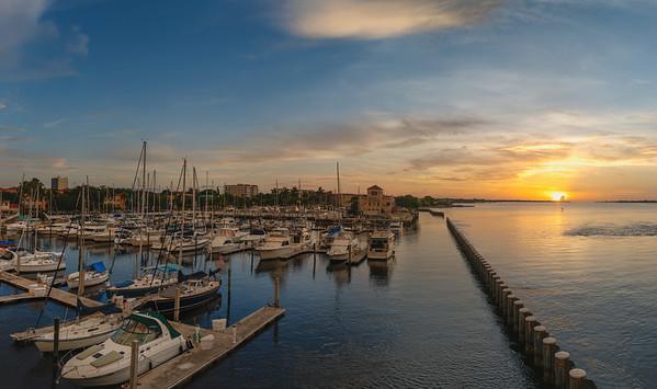 Twin Dolphins Marina