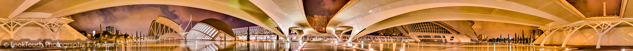 Below the Pont de Monteolivet, Valencia