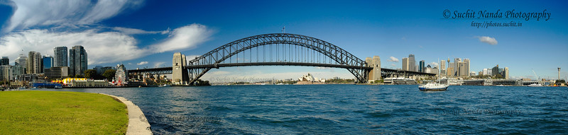 Panoramic view of Sydney Harbour, Australia