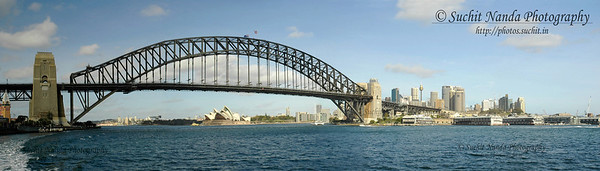 Sydney Harbour, Australia.   http://photos.suchit.in/photos/143588332-O.jpg