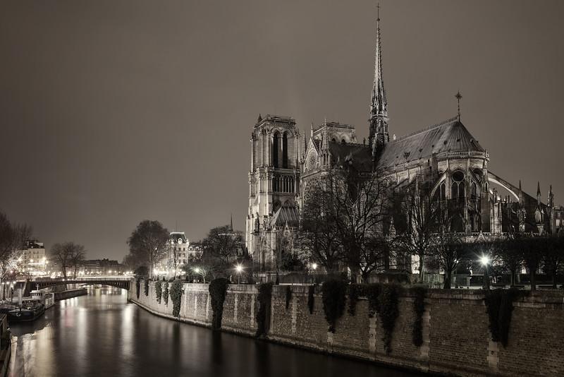 Notre Dame on the Seine (Paris, France)